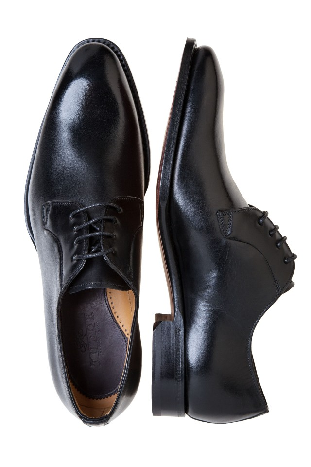 BLACK CALF DERBY Two Shoes