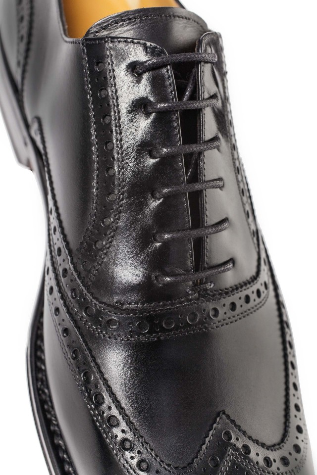 Black Oxford Full-Brogue Shoes
