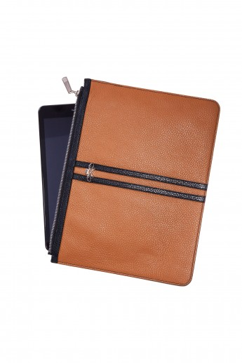 Tablet Cover Bradley Two Brown