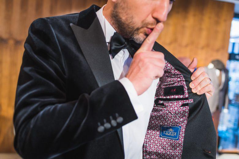 """Interviu cu Andi Moisescu despre stil vestimentar masculin, lifestyle și planuri în 2020: """"Eleganță și echilibru: două atribute tot mai rare azi, când toată lumea e tentată să exagereze pentru a atrage atenția."""""""