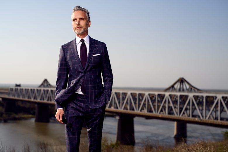 Cum să îți faci un costum bărbătesc business la comandă: ghid complet pentru ținutele made to measure