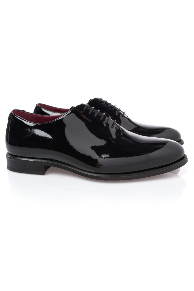 Pantofi Oxford pentru barbati, potriviti pentru nunta eleganta