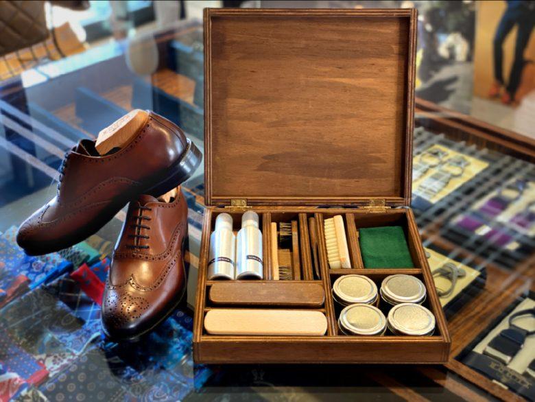 kit pentru intretinerea pantofilor