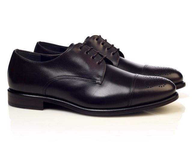 Pantofi barbatesti la comanda pentru barbatii eleganti de 50 de ani
