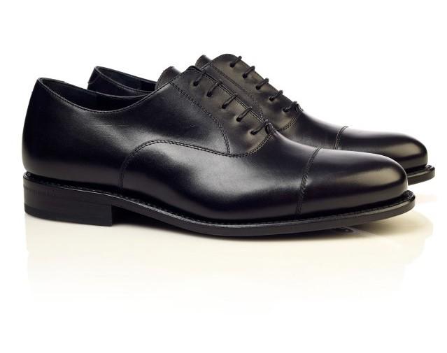 Pantofi negri Oxford pentru tinute smart casual barbati