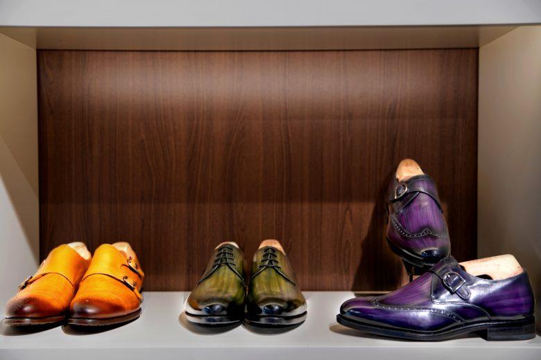 Pantofi eleganti la comanda pentru barbatii maturi