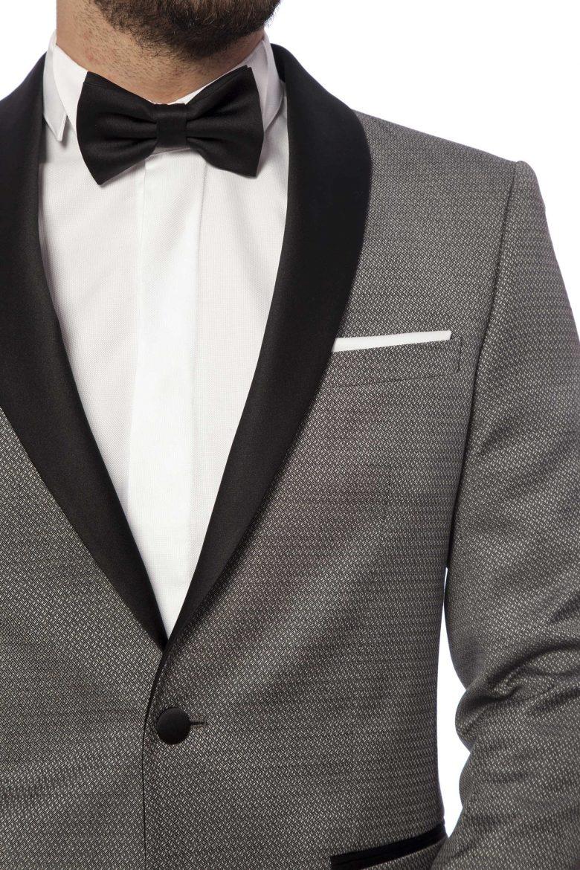 costum elegant în tonuri gri cu rever sal black tie