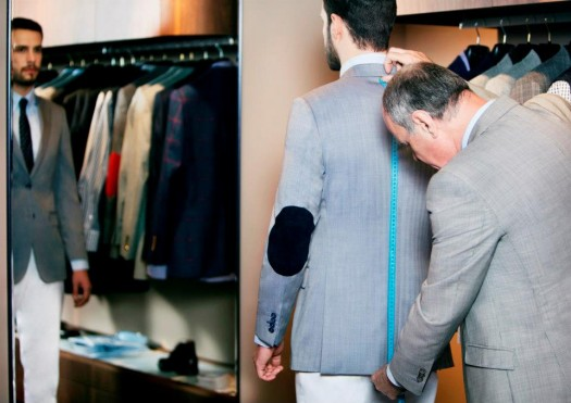 The made to measure experience starts with Tudor Personal Tailor