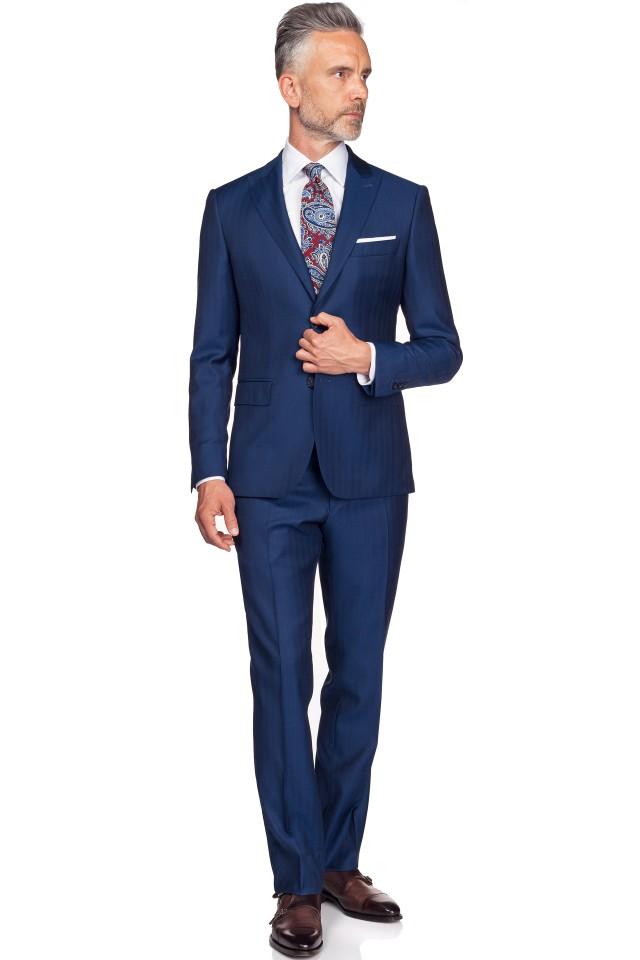 tinuta business cu costum bleumarin
